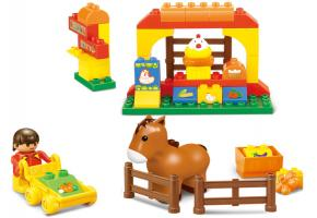 Sluban Educational Block Toys Happy Farm Building Block Toy M38-B6017